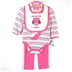 4 Piece Baby Gear Outfit Bib Socks Bodysuit Pants